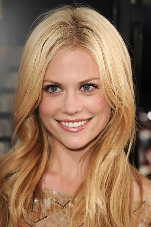 Claire Coffee imagen 1