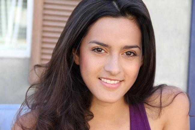 Diana Elizabeth Torres imagen 2 - Diana-Elizabeth-Torres-2-grande