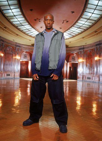 J August Richards imagen 3