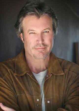 Michael Woods actor biografia en Series Web